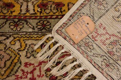 Gordes red rug