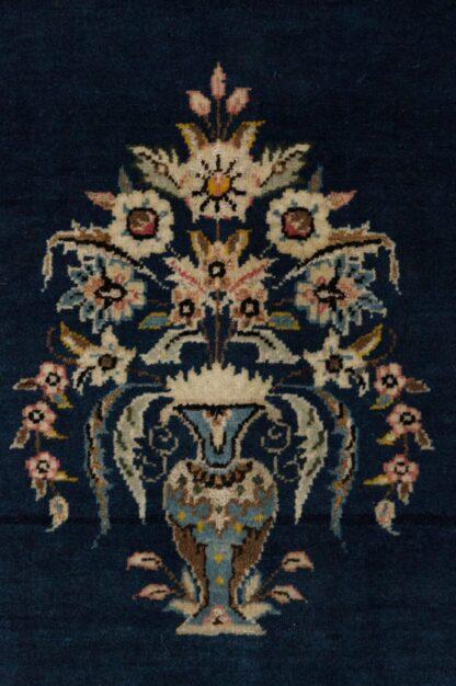 Qum with silk