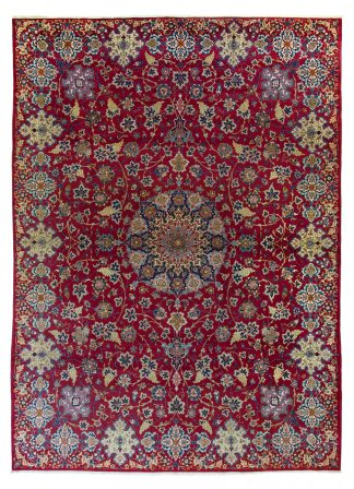 Rare Isfahan carpet