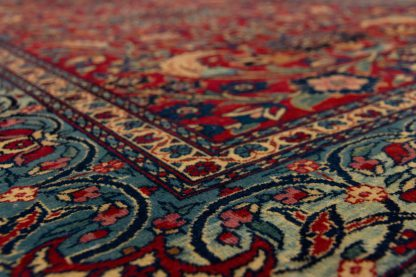 Stunning Isfahan Small carpet